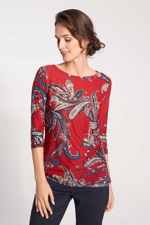 Czerwona bluzka ze wzorem paisley