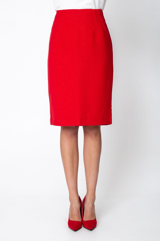 Czerwona spódnica z b³yskiem za kolano