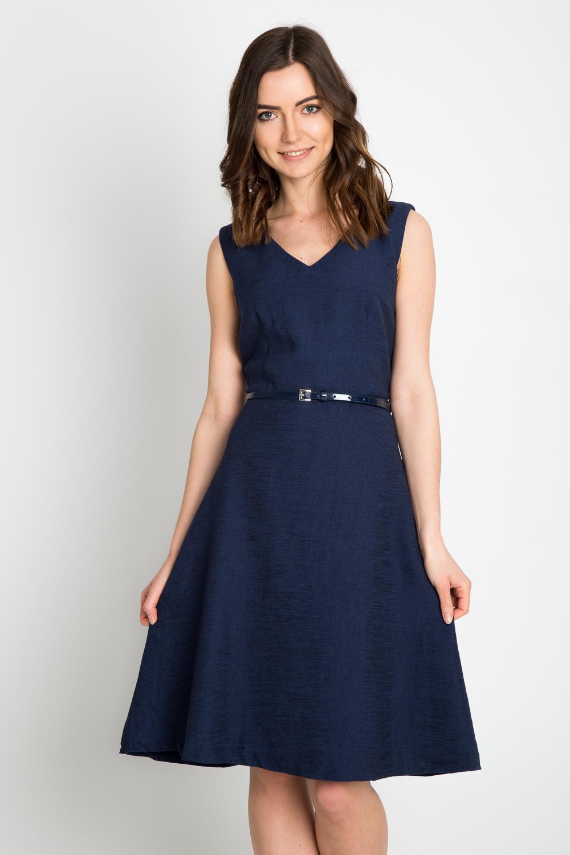 Granatowa rozkloszowana sukienka z paskiem