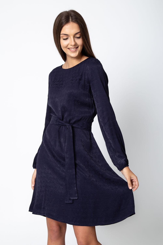 Granatowa rozkloszowana sukienka ze wzorem