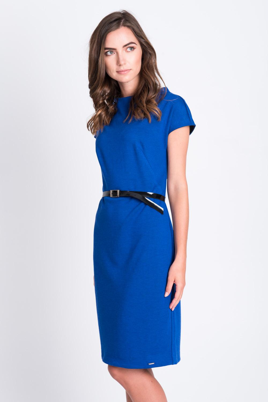 Kobaltowa prosta sukienka z paskiem