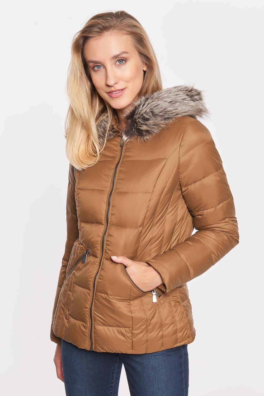 Krótka taliowana kurtka z futrem