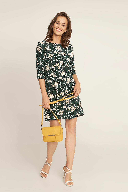 Zielona sukienka w stokrotki